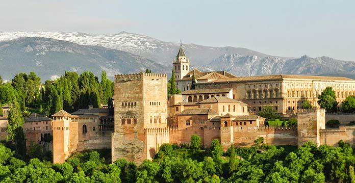 Hiszpania autokarem to najlepszy wybór na Twoje wakacje