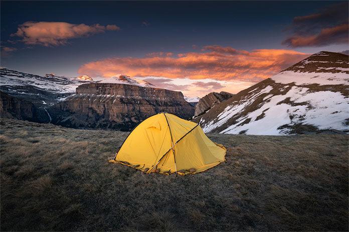 Wszystko co powinieneś wiedzieć o materiałach na namioty